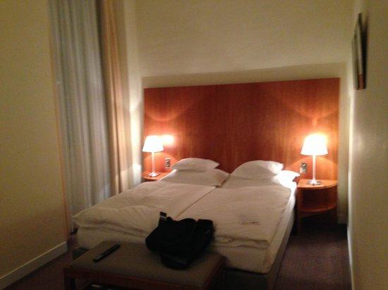 Hotel Das Triest : The Bed Area