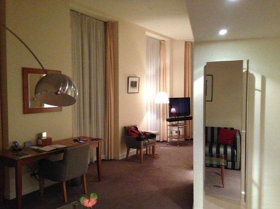 Hotel Das Triest: Corner Junior suite