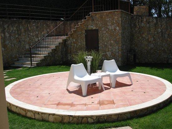 Quinta Dos Amarelos: Acesso á área do pinhal e bungalows
