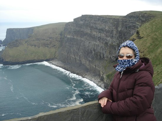 Cliffs of Moher: pretty cold and windy
