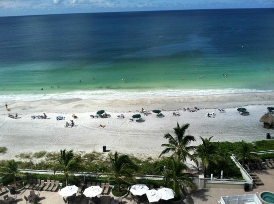 Lido Beach Resort: View from 9th floor