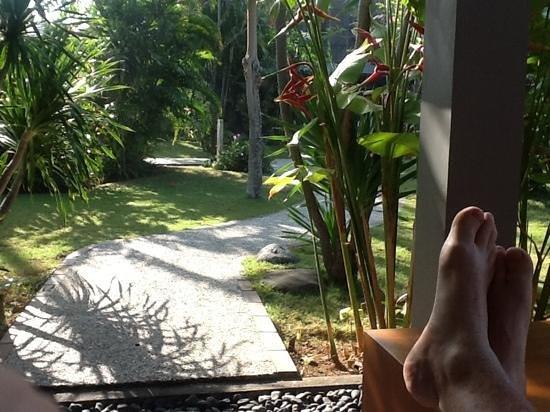 Rama Beach Resort and Villas: Chilling on Villa 246 balcony - Rama Beach Resort