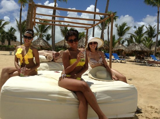 Excellence Punta Cana: The Girls Beachside