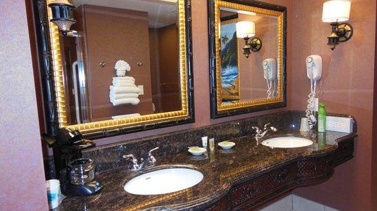 Montego Bay Casino Resort : great bathrooms