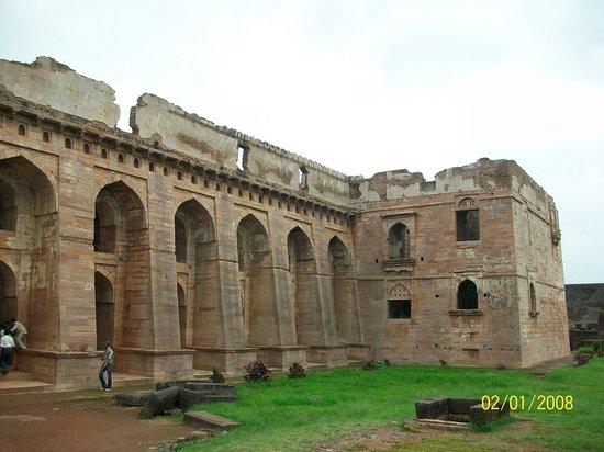 Hindola Mahal (Swing Palace)