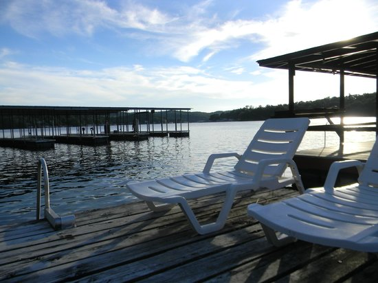 Breezy Point Resort: Relaxing sundeck