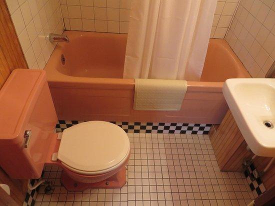 Robbins Motel : Vintage 1950s bathroom!