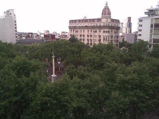 Balmoral Plaza Hotel: Uma bela vista da janela do meu apartamento no Balmoral
