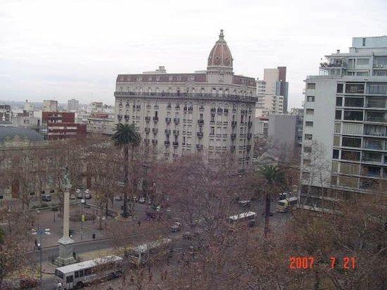 Balmoral Plaza Hotel: A mesma vista no inverno. As árvores sem folhagem