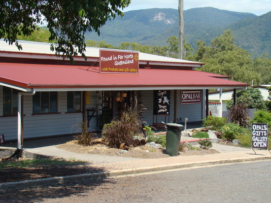Mount Molloy, Australia: The OpalBar Shop/Studio and Found in Far North Qld gift shop