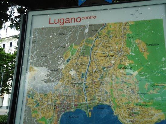 Lake Lugano: no centro de Lugano...