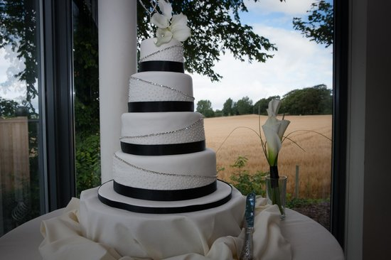 West Tower Country House Hotel: A perfect position for your cake