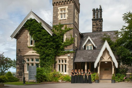 West Tower Country House Hotel: Great picture oportunities in beautiful grounds