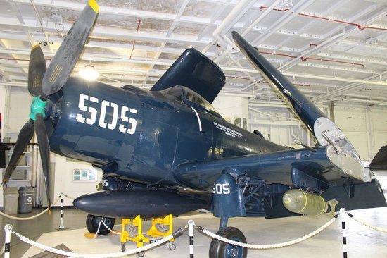 Patriots Point Naval & Maritime Museum: Plane