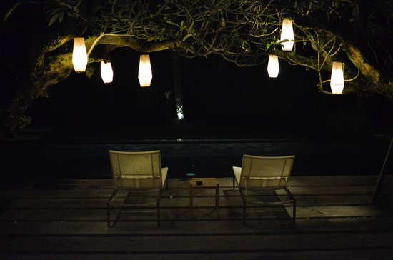 Chapung SeBali Resort and Spa: Night time beers by the pool