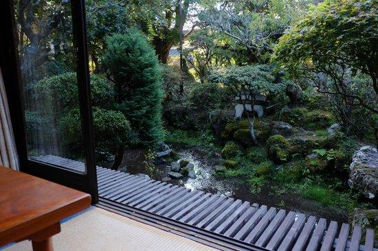Kashiisou: Dining Room