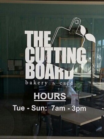 The Cutting Board Bakery and Cafe: Front door and logo