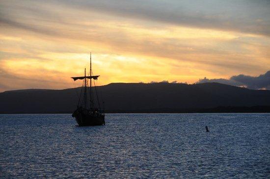 Molokai Harbor: Sunset on the Wharf - Moloka'i