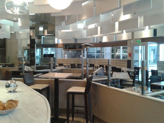 Le Ferney, Puteaux - Restaurant Reviews, Phone Number & Photos ...
