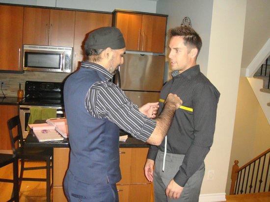 Sarto di Moda: Measuring a client on tour in Canada