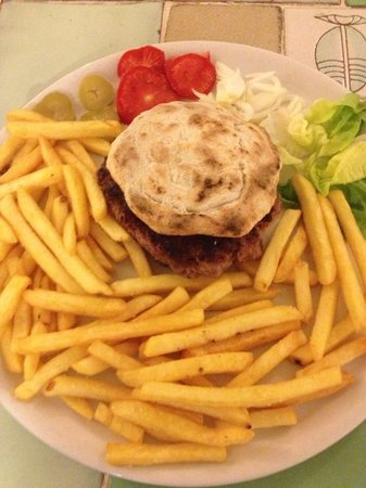 LHamburger de La Franca, 150g di Chianina con pane ...