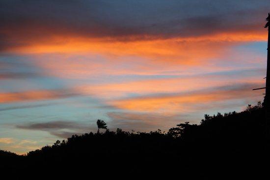 Raja Ampat Doberai Eco Resort: sunset around doberai
