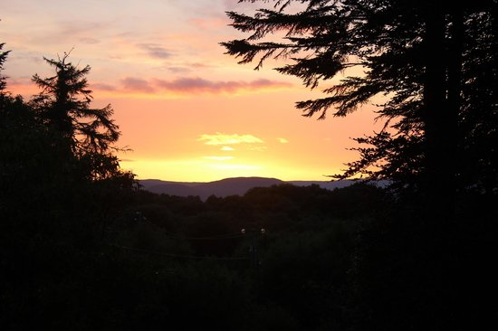 Currarevagh House: Sunset