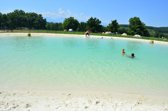 Camping Domaine de La Besse : Piscine naturelle lagon (500m²)