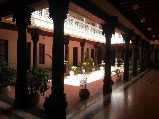 Visalam: Court yard