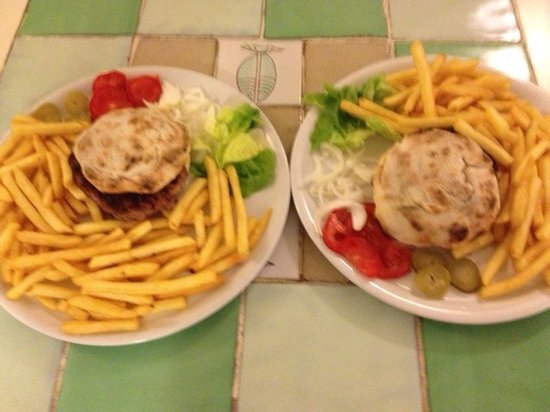 LHamburger de La Franca, 150g di carne Chianina dop, pane ...