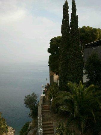 Hotel Desiree: Vista dal balconcino della camera