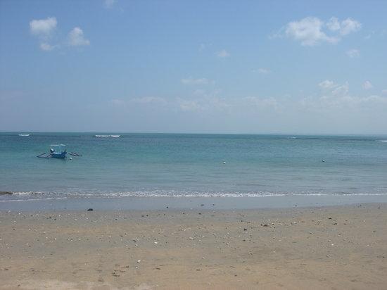 Hotel Santika Premiere Beach Resort Bali: Santika's beach