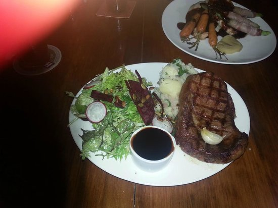 Montville Cafe Bar and Grille: 300g Black Angus Rib Fillet, aged 120 days, with a Red Wine Jus Signature Sauce