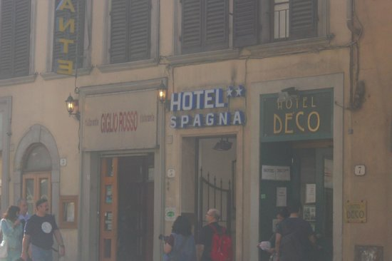 Hotel Spagna: dall'esterno