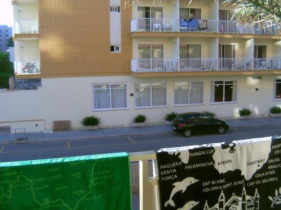 Hotel Helios Mallorca: immeuble d'en face