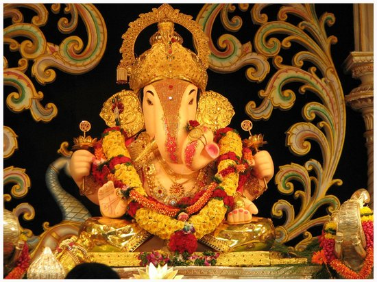 Ganapati Bappa Moraya Picture Of Dagadusheth Halwai Ganapati