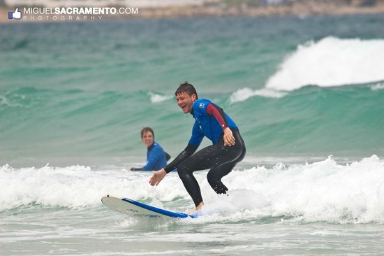 Maximum Surfcamp: Beginner Surfclasses