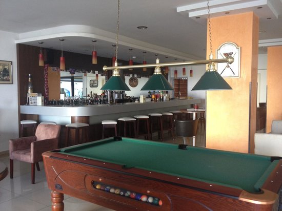 Sergios Hotel: Lobby bar