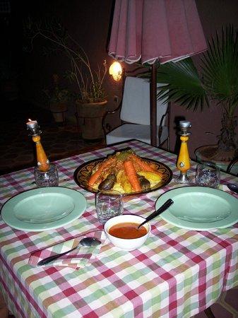 Dar Al Hamra: couscous maison