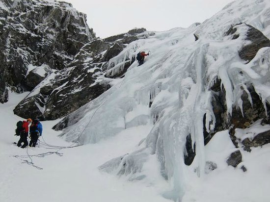 Stewart Mountain Skills: Ice Climbing