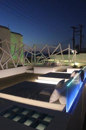Damianos Hotel: Espace Lounge en terrasse