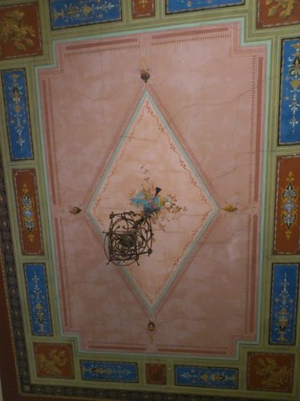 Soggiorno Panerai: Потолок в комнате №4
