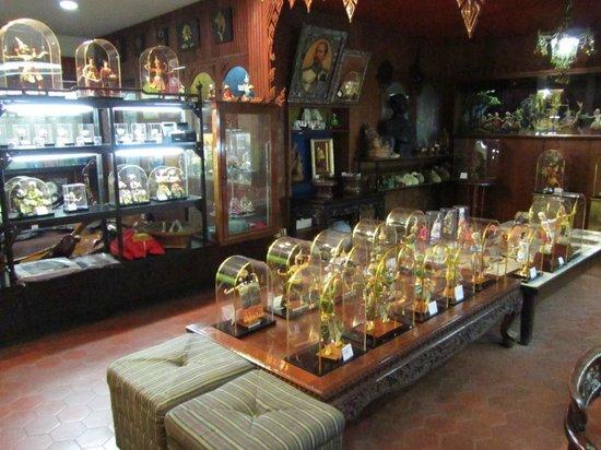 Bangkok Dolls : Shop area with dolls for sale