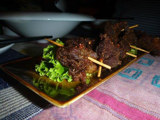 A Bu Lu Zi Tibetan Restaurant : Yak meat mini kebabs