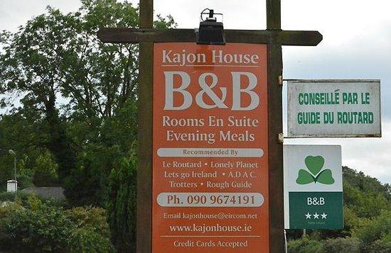 Kajon House B&B: Schild an der Strasse
