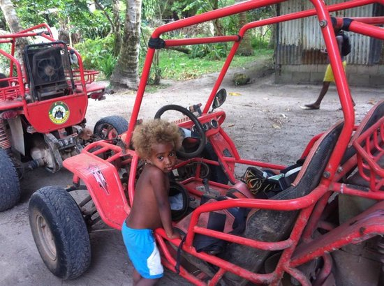 Buggy Fun Rentals: Stop off at a village