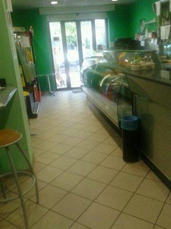 bar pasticceria ARIANNA: All interno...