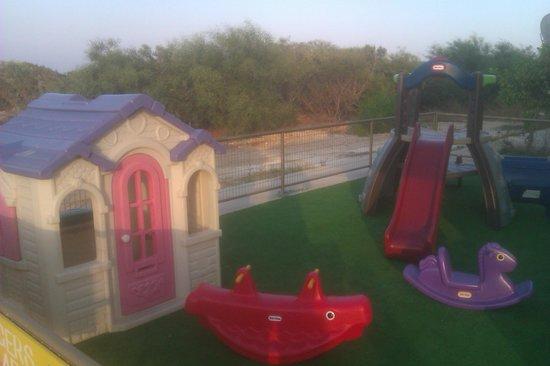 cape bar play area
