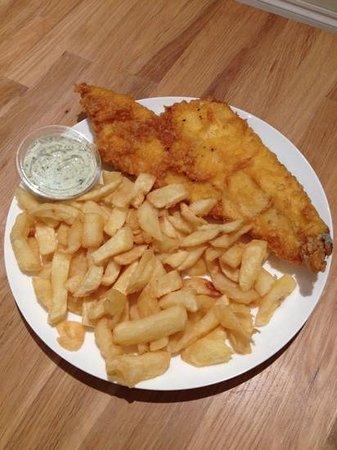 Godfrey's: MSC Haddock, chips & free (homemade!!) tartar sauce