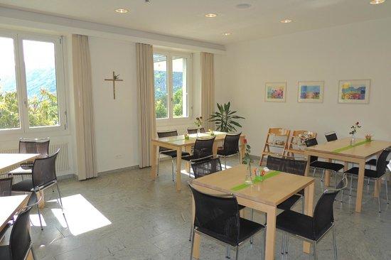 Haus Schoenstatt : Bistro Familien- und Seminarhotel Haus Schönstatt